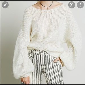 Free People Alpaca Cloud sweater, balloon sleeve S